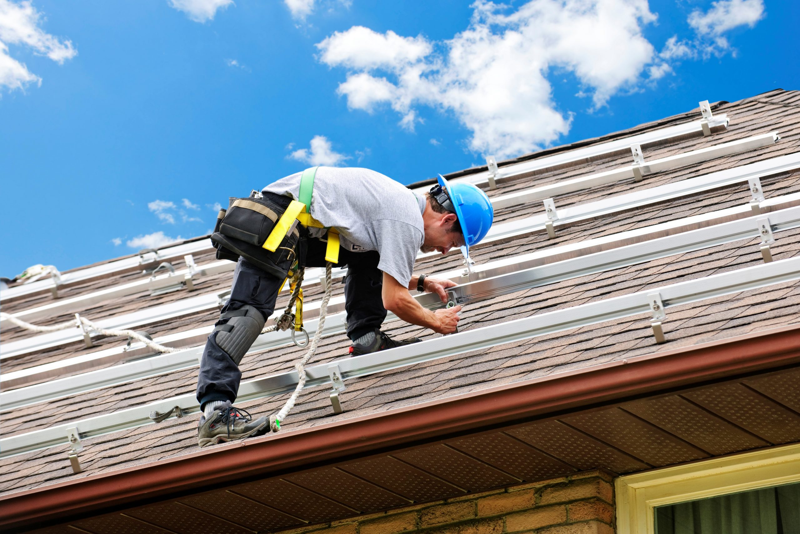 7 Things to Consider When Choosing a Roofing Company | Warner Roofing &  Construction Inc