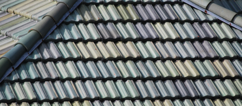 How to Choose a Roof Color