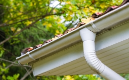 7 Warning Signs that You Need New Gutters