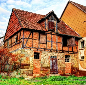 3 Common Roofing Repairs for Historic Homes