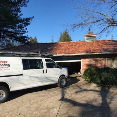 warner-roofing-truck